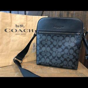 NWT Authentic Coach Signature Messenger Bag